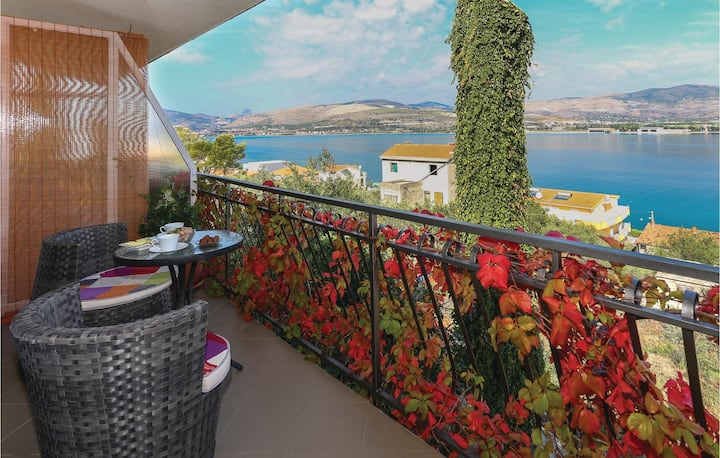Stunning home in Arbanija with WiFi and 1 Bedrooms