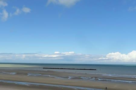 A vous les grands espaces et l'air de la mer !