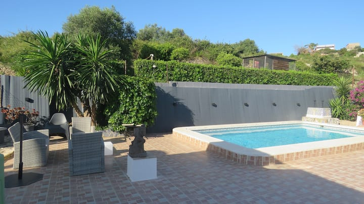 Private rooms, swimming pool, garden and terraces