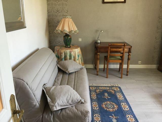 Chambre au calme - Saran - Dom