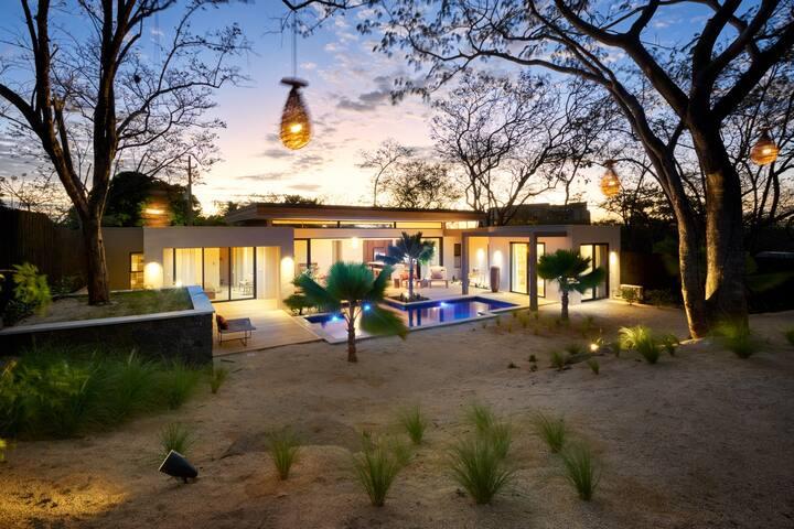 Villa Metisse - 4 bedroom sleeps 8