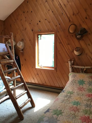 Upstairs Bunk Bedroom and Loft