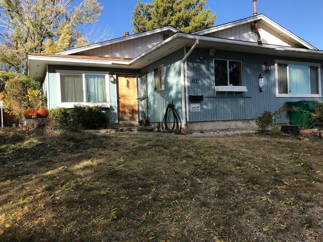 Monthly rental walking distance to UNR!