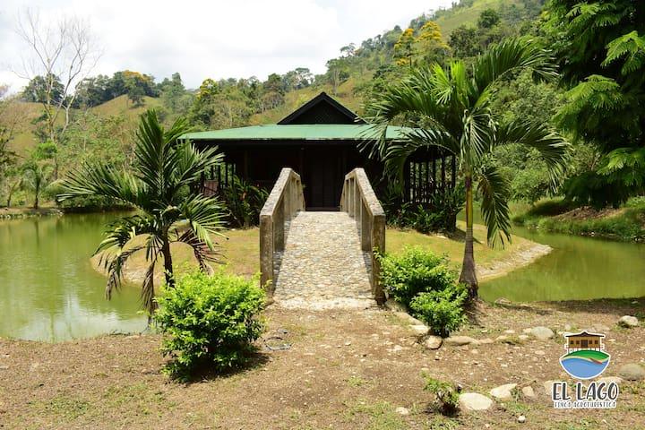 La Cabaña en el Lago