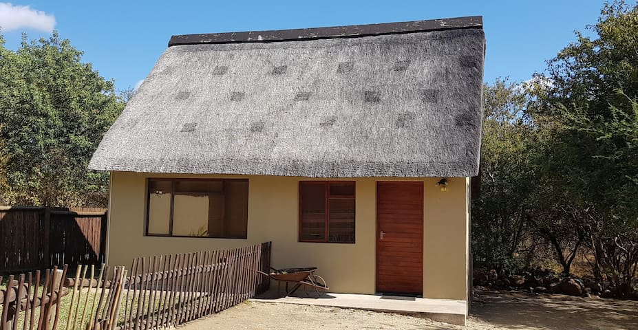 1-Bedroom Cottage In Wildlife Estate 77/Hoedspruit