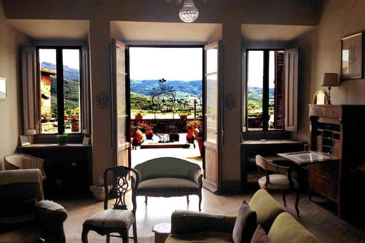 Camere in casa nobile con terrazzo - Castiglion Fiorentino - Lejlighed