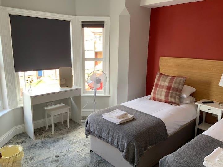 Aspland Road - Room5