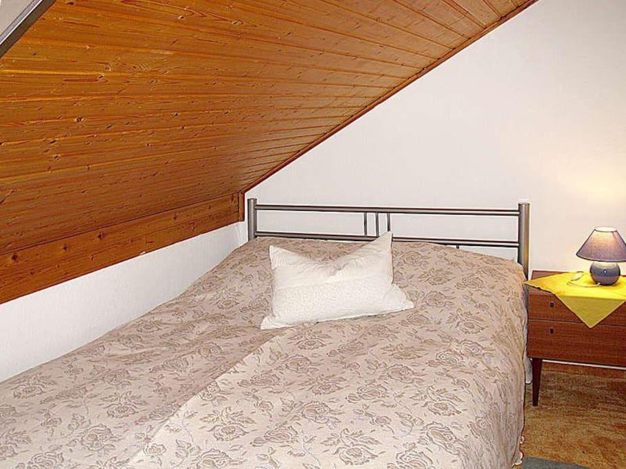 Franz.Bett 1,40m breit
