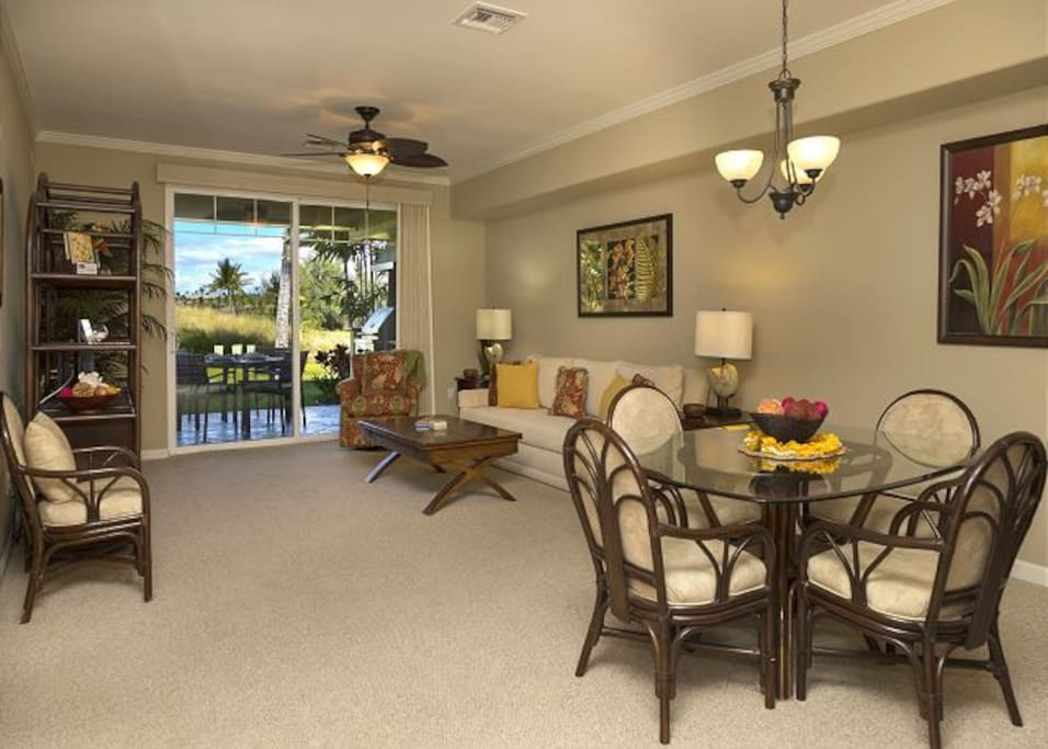 Newly refurnished living room exits to lanai