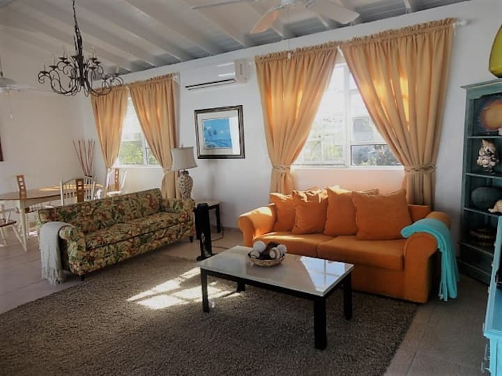 Casa Tropicanna