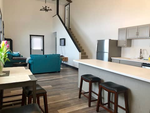 Lovely apartment in the country outside of Bozeman