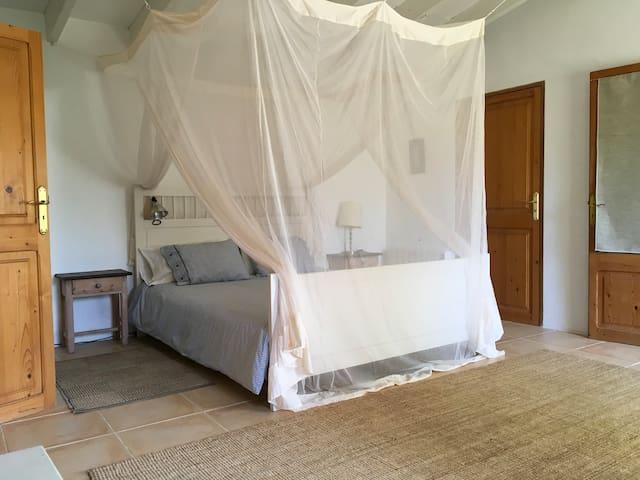 Sunny Double Room in Peaceful Majorcan Finca - Alaró - 獨棟