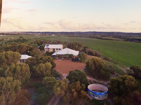 Gully Cottage Geraldton PetFriendly