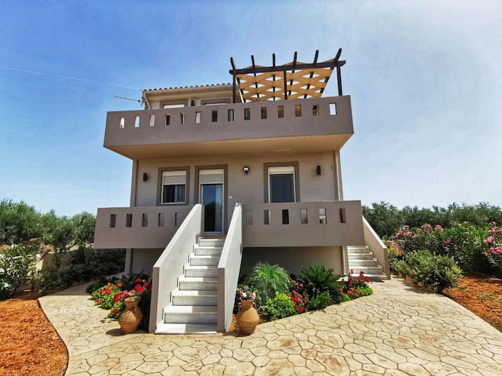 Villa Styliana - Annisaras - near the beach