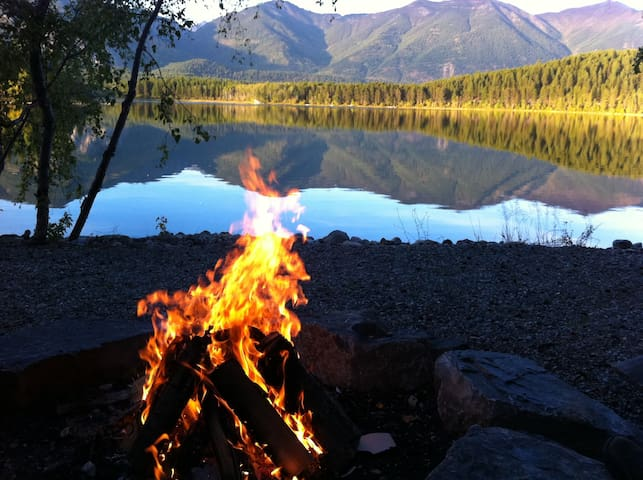 Eagles Nest - Weekend Getaway (Tie Lake) up to 5