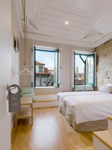 Romantic Rooftop Suite - Porto