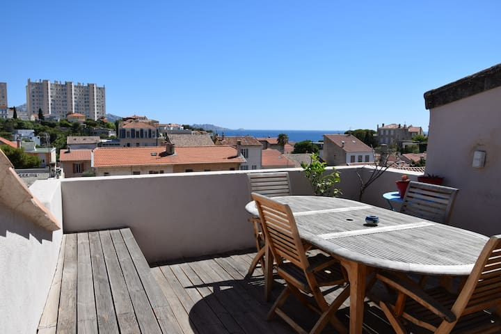 Seaside, without noise. Wonderful view ! - Marseille - Appartement