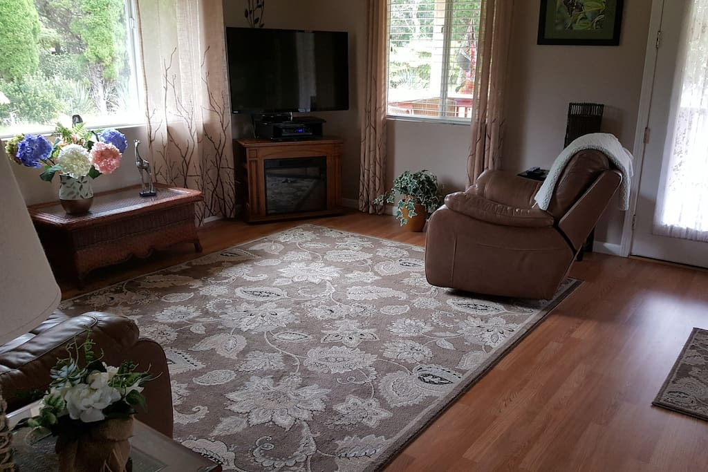 Living room with reclining chairs