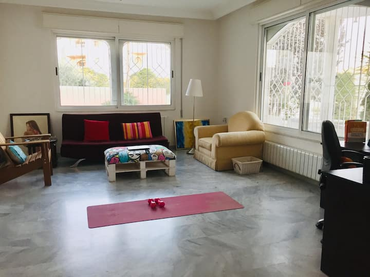 Sunny Home in Amman Suburbs