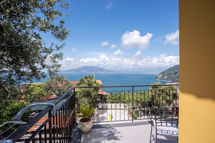 MaMi House - B&B con vista sul Golfo di Napoli