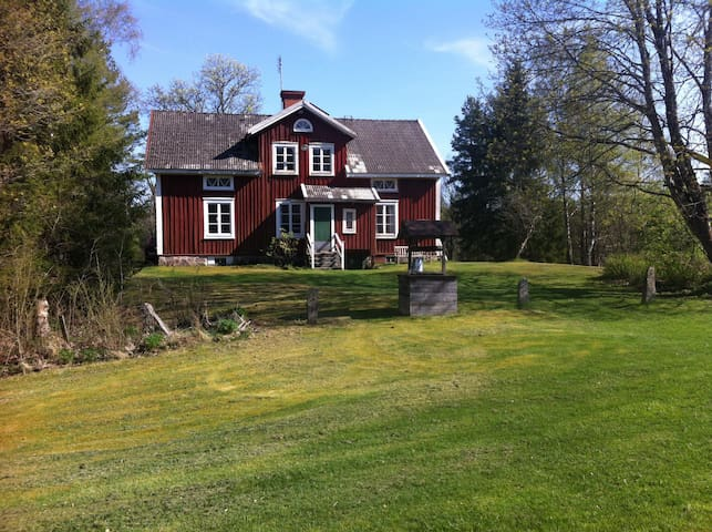Old Countryhouse in typical Småland - Älmhult
