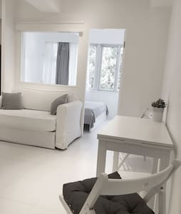 天后-全新裝修,便利,+悠閒陽台 - Hong Kong - Apartmen