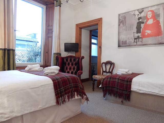 *10% off extended* Wallace Room with ensuite