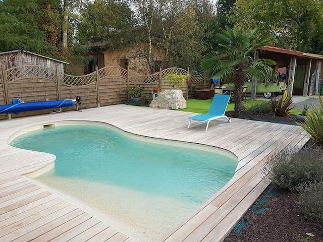 Lacanau - chambre bungalow piscine - Lacanau - Kisház