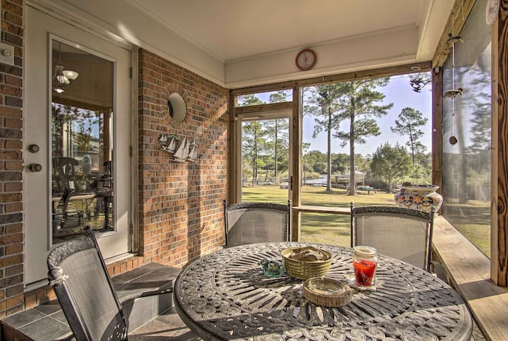 Waterfront Foley Home w/Dock - 6 Mi to Beach!