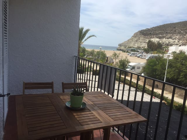 Flat in Peaceful Andalucian Village - Agua Amarga - Apartamento