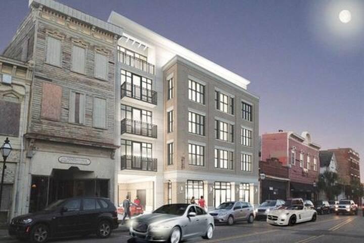 Historic District  Condo w/ amenities SALE 12/2019