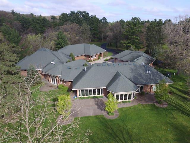 Mansion on Lake Tainter
