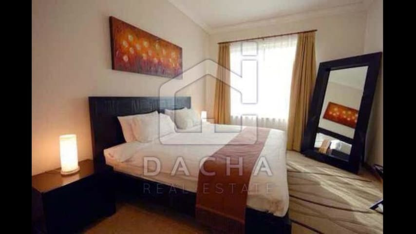 Deluxe Double Bedroom,lots of storage.A1 location