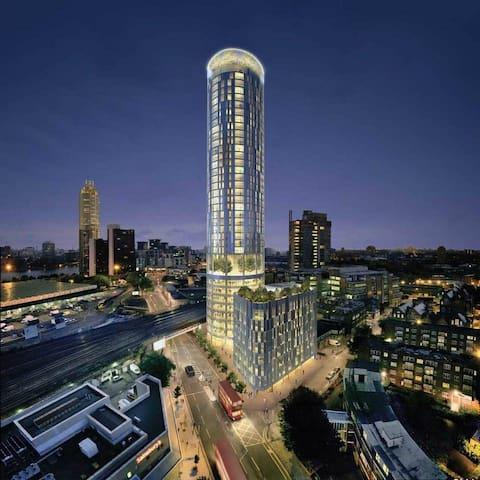 Modern Spacious Apt & Amazing London Views