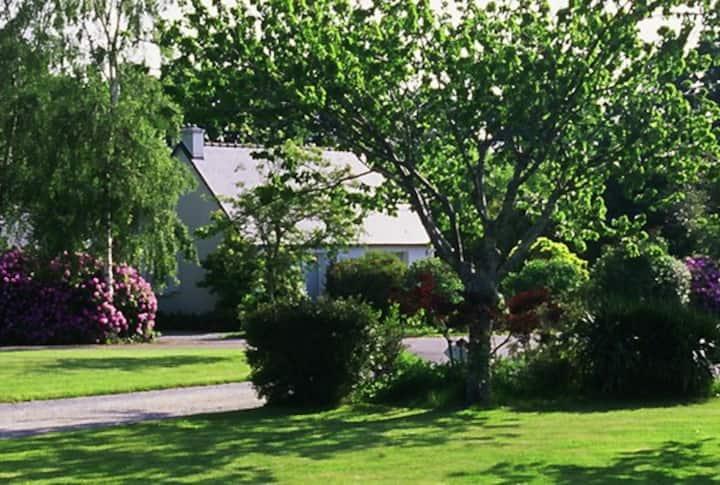 Maison au calme à l'entrée de Benodet parc 5 ha