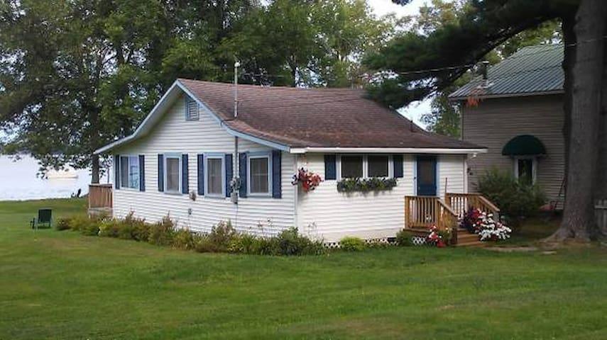 Classic Lake Champlain Cottage