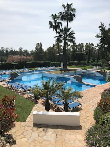 Fantastiskt 6bädds lägenhet i Marbella Golden Mile