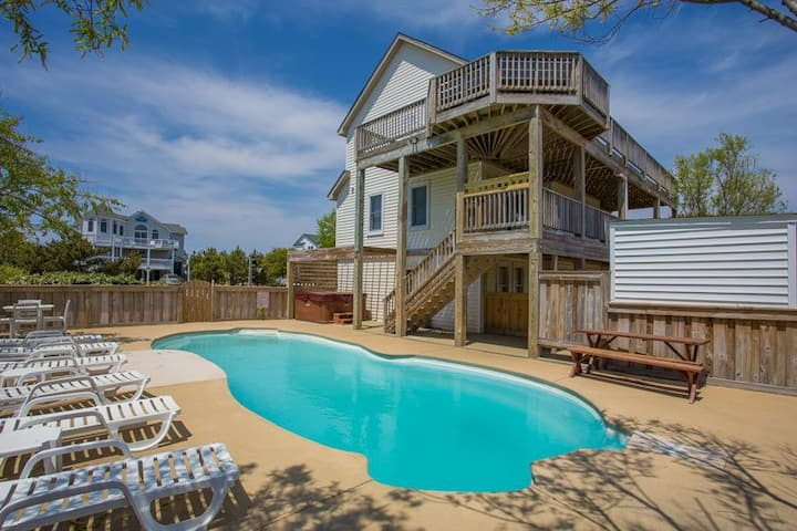 1385 Stack'n Bananas * 5 Min Walk to Beach * Dog Friendly * Pool & Hot Tub