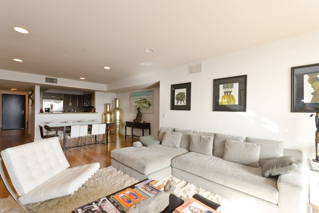 West Hollywood 3 Bedroom 3 Bathroom Penthouse Apartments For Rent In Los Angeles California