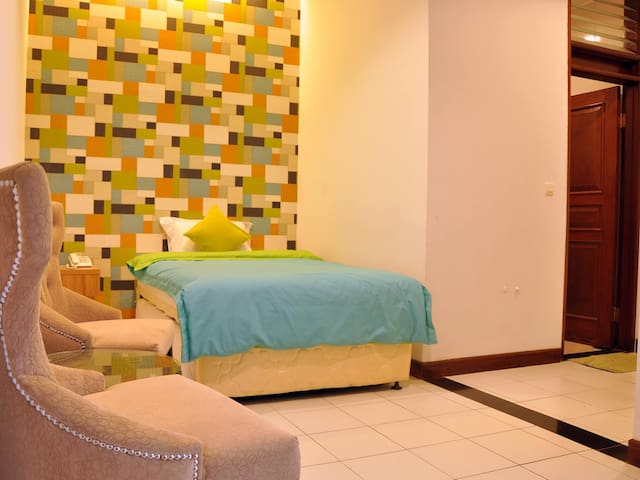 Warmth Family Room - Bandung - Bed & Breakfast