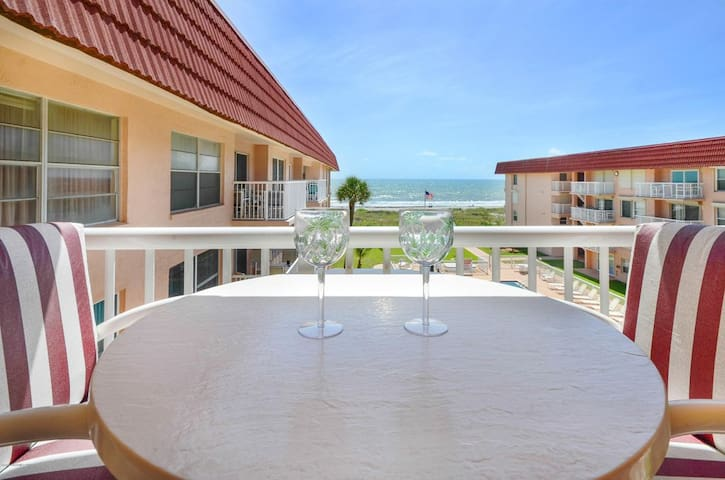 Beachfront, modern condo in downtown Cocoa Beach