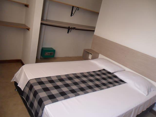 Confortable habitacion en Apartamento en Rionegro