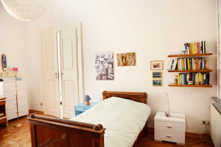 Two-bed room in the very center