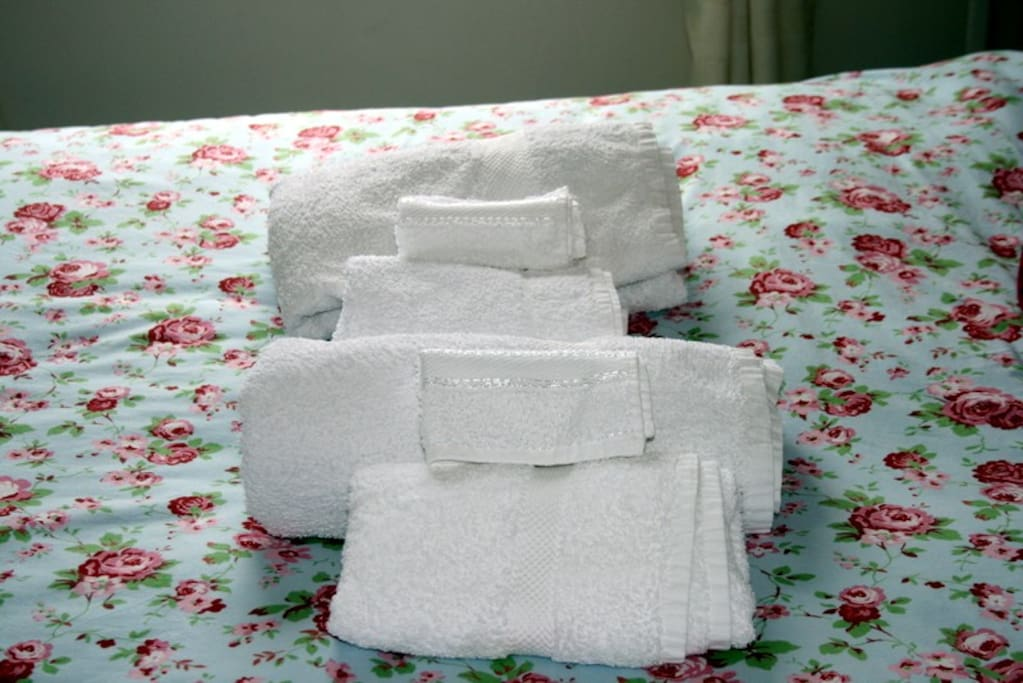 luxury towels provided