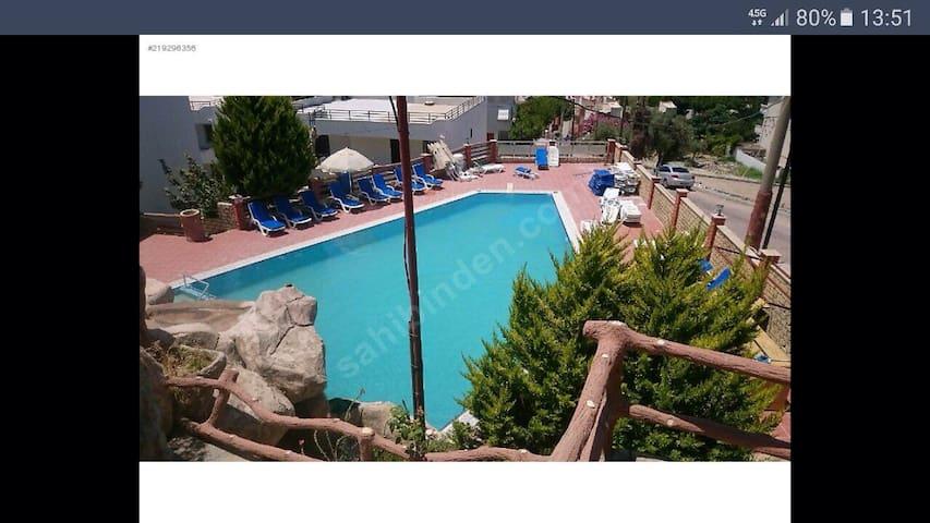 Villa for rent in ladies Beach... - Kuşadası  - Casa