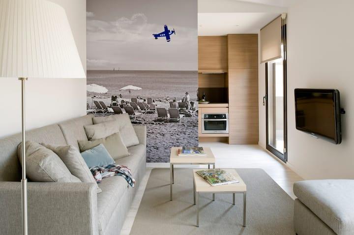 Cozy Apartment with Terrace near Sagrada Familia
