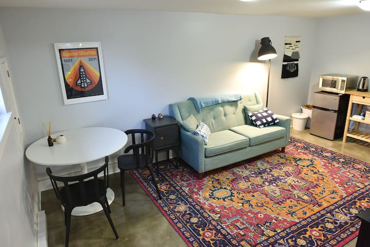 Private Apartment, Bikes Provided, Pets Welcome!