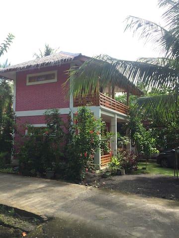 For Rent Room/house Batu Karas