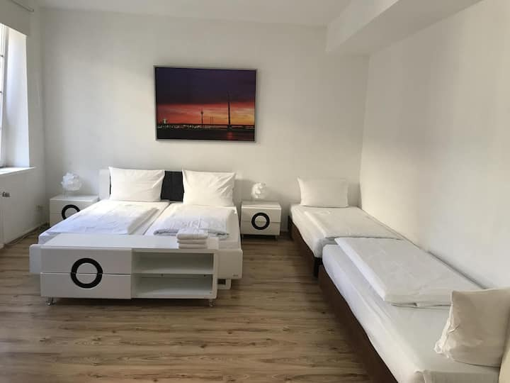 Apartment in Düsseldorf Altstadt for 4 Person