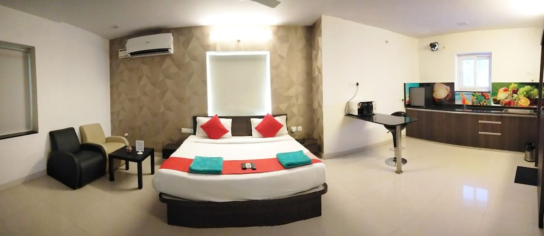 Daily Base Rentals 1bhk Studio flat in kondapur